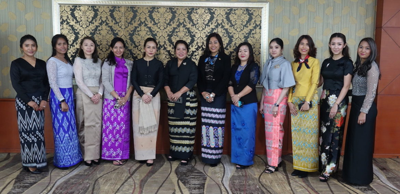 Myanmar Women Leaders Program led by Daw Anna Sui Hluan is in Europe